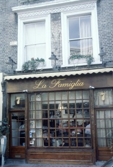 Old picture of La Famiglia - front exterior